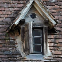 gabled-window-scl
